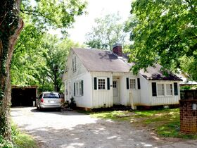 ONLINE ESTATE AUCTION Selling Absolute - 2 BR, 1 BA Home at 1108 E. Vine Street featured photo 2