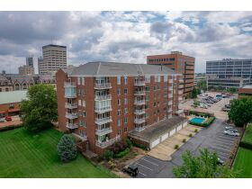 Beautiful 2 Bedroom, 2 Bathroom Condo w/ Incredible River View   Evansville, Indiana featured photo 2