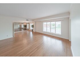Beautiful 2 Bedroom, 2 Bathroom Condo w/ Incredible River View   Evansville, Indiana featured photo 9