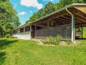 Ranch Style 4 Bedroom Home & 4.44 Acres featured photo 6
