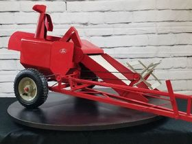 2020 Fall Harvest Toy & Pedal Tractor Online Only Consignment Auction featured photo 9