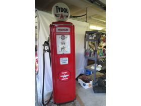Vintage Vehicles, Arcade Machines, Neon Signs, Furniture, & Collectibles! featured photo 5