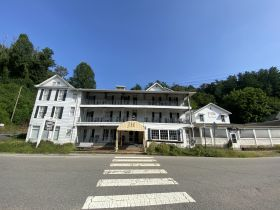 """NOW IN 10 DAY UPSET PERIOD - Foreclosure Auction of Historic Hotel formally known as """"The Jarrett House"""" and Coaches Restaurant Located in Jackson County, NC featured photo 1"""