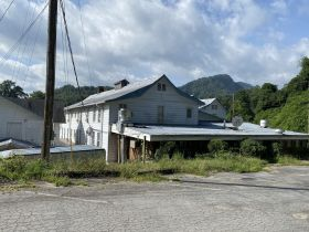 """NOW IN 10 DAY UPSET PERIOD - Foreclosure Auction of Historic Hotel formally known as """"The Jarrett House"""" and Coaches Restaurant Located in Jackson County, NC featured photo 11"""