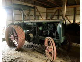 Bill & James Ware Antique Tractor Collection featured photo 2