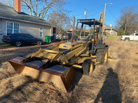 Bankruptcy Auction of a Ford 555 Backhoe featured photo 4