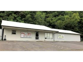 Court Ordered Auction - 2800 Square Foot Commercial Building featured photo 2