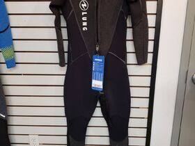 Adventure Dive And Travel Liquidation Auction - Springfield, IL featured photo 4