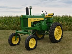 2020 Fall Harvest Antique Tractor Auction - Tractors Day 1 featured photo 5