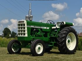 2020 Fall Harvest Antique Tractor Auction - Tractors Day 1 featured photo 8