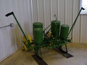 2020 Fall Harvest Implements, Parts, and Signs featured photo 6