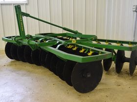 2020 Fall Harvest Implements, Parts, and Signs featured photo 7
