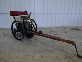 2020 Fall Harvest Implements, Parts, and Signs featured photo 8