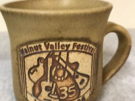 WALNUT VALLEY FESTIVAL 48.5 AUCTION | MEMORABILIA | MUGS, CHAIRS, T-SHIRTS | LAND RUSH #1 SPOTS | DATE PACKAGE featured photo 8