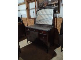 DIAMONDS IN THE ROUGH:  VINTAGE FURNITURE, COLLECTIBLES & HOME FURNISHINGS featured photo 4