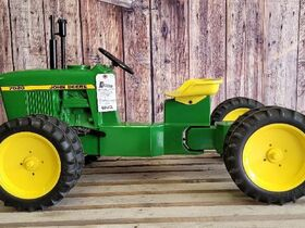 Black Friday Goes GREEN With The Kindelsperger John Deere Toy & Pedal Tractor Collection featured photo 2