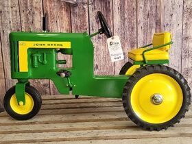 Black Friday Goes GREEN With The Kindelsperger John Deere Toy & Pedal Tractor Collection featured photo 7