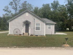 Andrew County MO. Real Estate Auction. Turn-key ready, one bedroom home with full basement.. featured photo 3