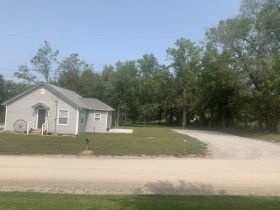 Andrew County MO. Real Estate Auction. Turn-key ready, one bedroom home with full basement.. featured photo 12