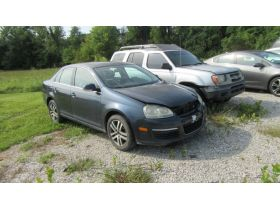 Vehicles at Absolute Online Auction featured photo 4