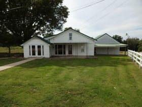 HOME - TWO COMMERCIAL BUILDINGS - Online Bidding Ends TUESDAY, OCTOBER 13 @ 4:00 PM EDT featured photo 8