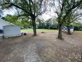 SELLING ABSOLUTE! 5-Room Building Zoned Commercial C-2 - Many Possibilities - Close to I-24 & Nashville Hwy featured photo 7