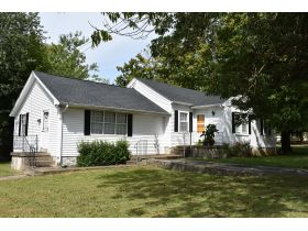 8 ADJOINING SINGLE FAMILY INCOME PROPERTIES ON CABELL DR. & KENTON ST. featured photo 2