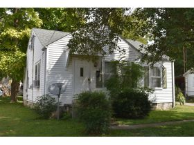 8 ADJOINING SINGLE FAMILY INCOME PROPERTIES ON CABELL DR. & KENTON ST. featured photo 6