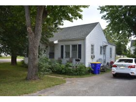 8 ADJOINING SINGLE FAMILY INCOME PROPERTIES ON CABELL DR. & KENTON ST. featured photo 7