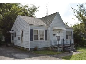 8 ADJOINING SINGLE FAMILY INCOME PROPERTIES ON CABELL DR. & KENTON ST. featured photo 8