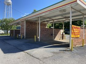 ABSOLUTE ONLINE AUCTION - ATTENTION INVESTORS - 4 BAY CAR WASH DOWNTOWN SHARON TN RIGHT BESIDE CITY HALL featured photo 1