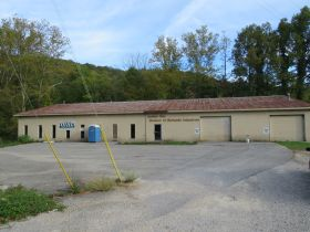 C262    507 Main Street, Frenchburg, KY 40322            (Commercial) featured photo 1