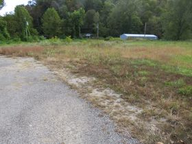 C262    507 Main Street, Frenchburg, KY 40322            (Commercial) featured photo 7