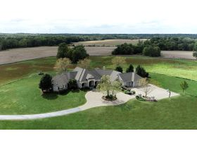 Captivating 4 Bedroom, 4 Bath Home on 53+/- Acres | McLeansboro, IL featured photo 2