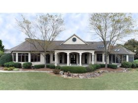 Captivating 4 Bedroom, 4 Bath Home on 53+/- Acres | McLeansboro, IL featured photo 6