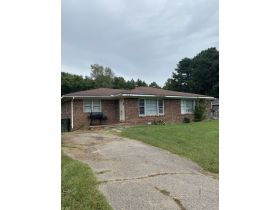 ABSOLUTE ONLINE AUCTION**MONEY MAKING DUPLEX ON K. STREET IN MARTIN TN**GREAT INVESTMENT PROPERTY featured photo 12
