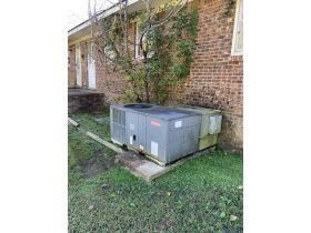 ABSOLUTE ONLINE AUCTION**MONEY MAKING DUPLEX ON K. STREET IN MARTIN TN**GREAT INVESTMENT PROPERTY featured photo 9