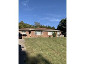 ABSOLUTE ONLINE AUCTION**MONEY MAKING DUPLEX ON K. STREET IN MARTIN TN**GREAT INVESTMENT PROPERTY featured photo 10