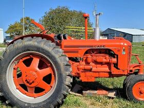 Eyer Collection of Tractors, Implements, Parts & Farm Primitives featured photo 2