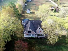 AUCTION: 3 BR, 3.5 BA Home on 2.59+/- Acres in Rutherford County with Bonus Room, Basement, Pool and Large Shed - Easy Access to 840 & Lake featured photo 9