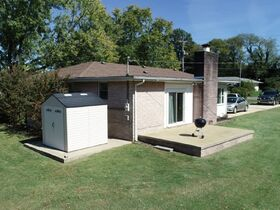 AUCTION: Rare Opportunity to Own Mid-Century Ranch Home in Middle Tennessee featured photo 3