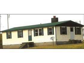 Absolute Estate Auction - November 7th @ 10:30AM Sunbright, TN featured photo 1