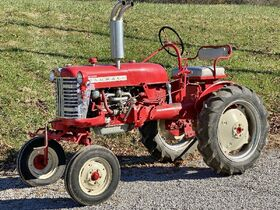 Kruer Estate Vintage Tractor & Antiques Online Only Auction featured photo 6