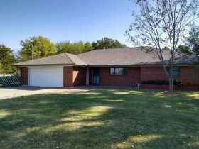 REAL ESTATE AUCTION-CLOSE IN-STILLWATER HOME AND 1 ACRE featured photo 1
