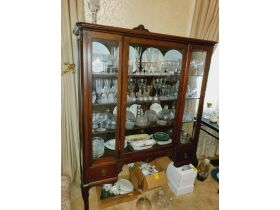 Second Grenada Large Antique, Collectibles and Furniture Auction featured photo 11