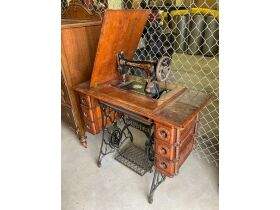 Fall Furniture & Collectibles 20-1116.OL featured photo 5