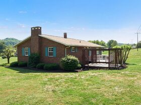 """Online Only - Brick Ranch """"1 Owner"""" Home on 9 Acres featured photo 4"""