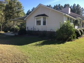 Beautiful Country Home   3 Bed, 2½ Bath With Bonus Room featured photo 7