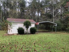 Beautiful Country Home   3 Bed, 2½ Bath With Bonus Room featured photo 11