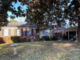 Great Investment Home at 1955 Davis Circle Memphis, TN 38128 featured photo 3
